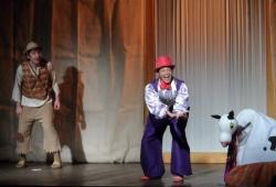 Teatro - A Galinha dos Ovos de Ouro - 2014